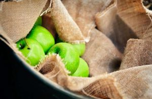 Amazing vitamins in green apples